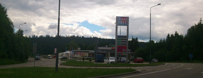 Travel Free Shop is one of สถานที่ที่ Luis ถูกใจ.