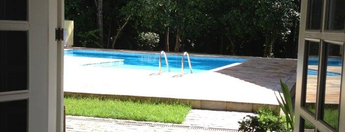 Bicudo's Beach House is one of Locais curtidos por Fernando.