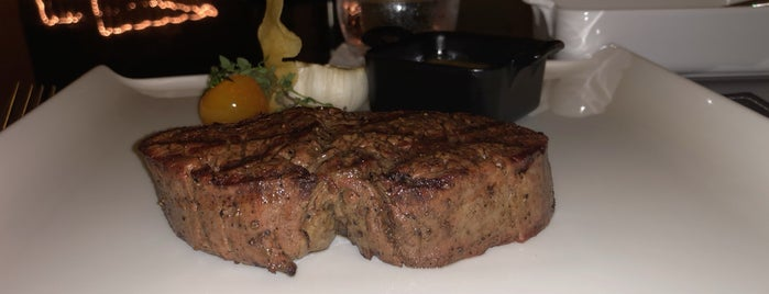Boa Steakhouse Abu Dhabi is one of Posti salvati di Ibraheem.