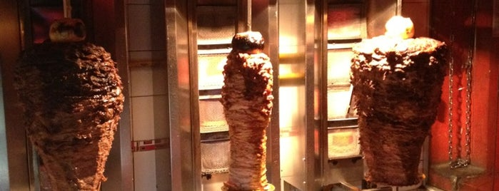 Hola Sinior! Shawarma is one of Palermo Soho.