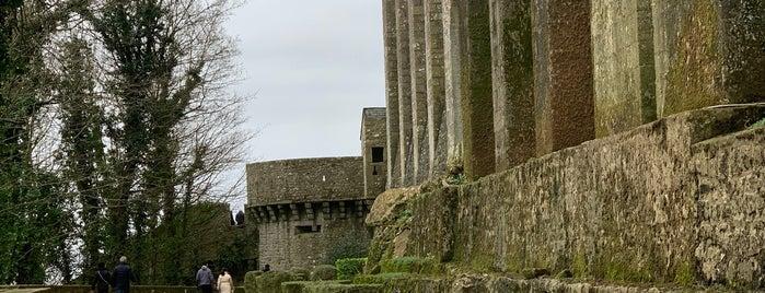 Porte et Logis du Roi is one of スペイン、フランス.