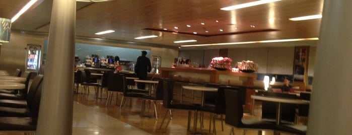 Air France Lounge is one of Doc 님이 좋아한 장소.