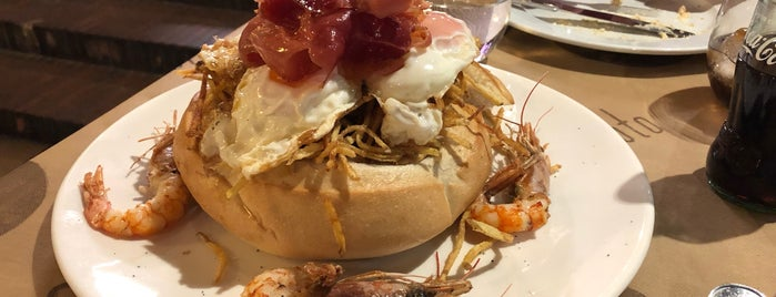 Llagar de Colloto is one of Comida, Restaurantes, etc..