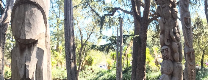 New Guinea Sculpture Garden is one of Tempat yang Disimpan leoaze.