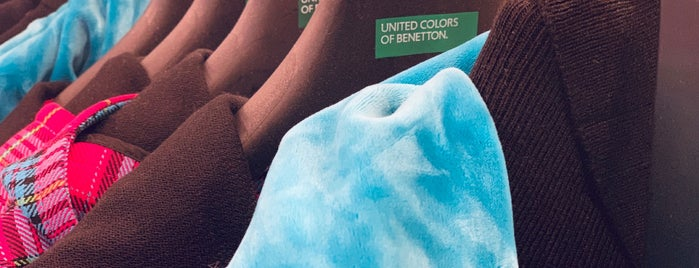 United Colors of Benetton is one of Orte, die Mila gefallen.