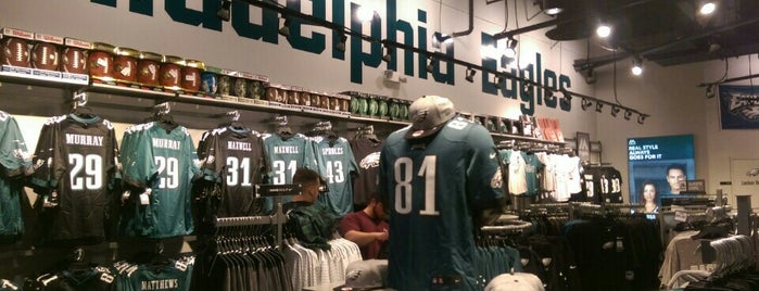 Philadelphia Eagles Pro Shop is one of Philly.