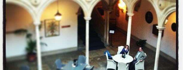 Parador de Ubeda Hotel Jaen is one of Locais curtidos por Jon.