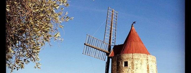 Moulin de Daudet is one of Museums Around the World-List 2.