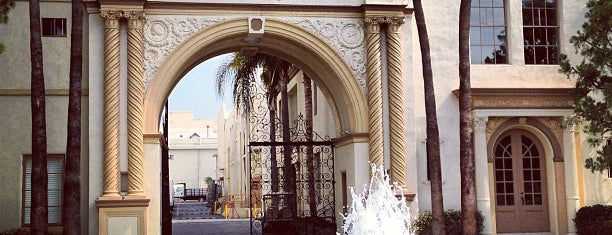 Paramount Pictures (Bronson Gate) is one of Alicia's Top 200 Places Conquered & <3.