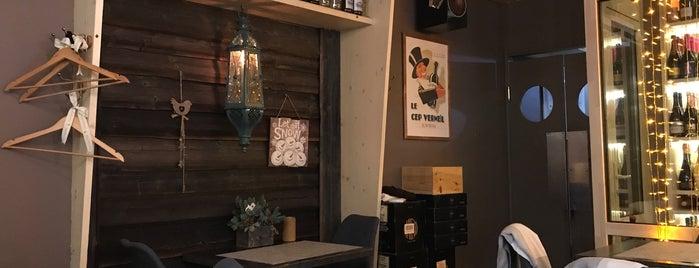 Local Wine Bar is one of Irinaさんのお気に入りスポット.