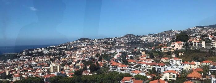 Funchal is one of สถานที่ที่ Rob ถูกใจ.