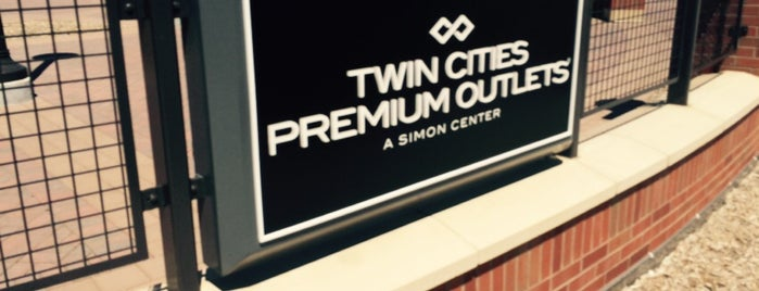 Twin Cities Premium Outlets is one of Mn.