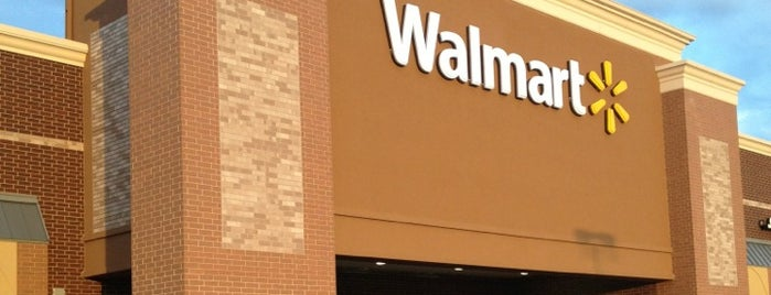 Walmart Supercenter is one of Selena : понравившиеся места.
