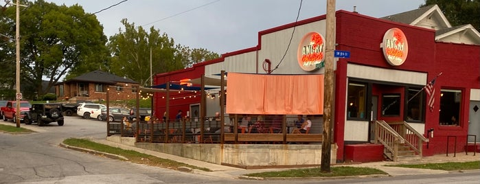 The Angry Goldfish Pub & Eatery is one of Lugares favoritos de RYAN.