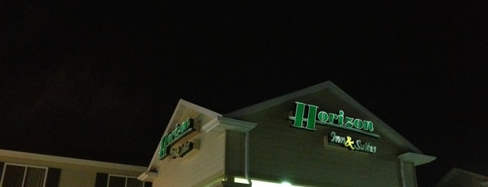 Horizon Inn and Suites is one of Austin 님이 좋아한 장소.