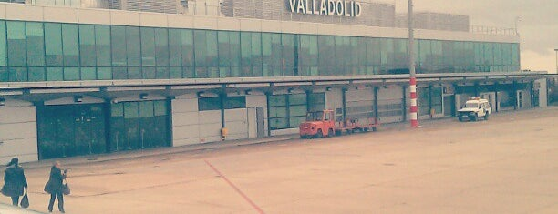 Aeropuerto de Valladolid (VLL) is one of Airports I've been to.