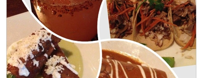 Zocalo Restaurant & Tequila Bar is one of Places I've Tried & Enjoyed ;).