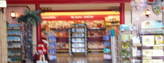 Marketplace Supermarket (Winn-Dixie) is one of Locais curtidos por Ishka.
