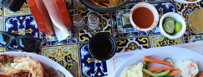 Restaurant Villa Ortegas is one of Eduardoさんのお気に入りスポット.