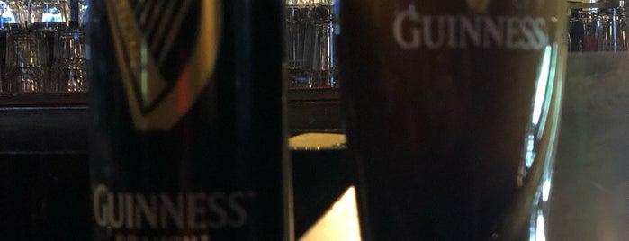 Celtics Pub Irlandés is one of สถานที่ที่ Eduardo ถูกใจ.