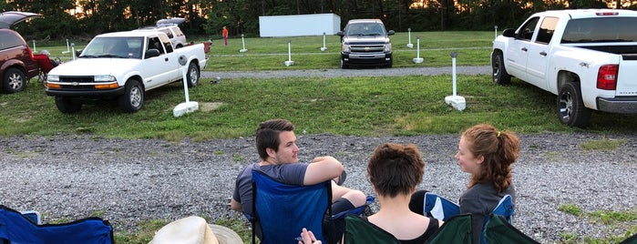 13-24 Drive In is one of TAKE ME TO THE DRIVE-IN, BABY.