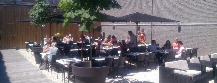 12-30 Creative Salad Bar is one of Lieux qui ont plu à Marie.