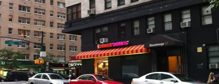 Dunkin' is one of Lieux qui ont plu à Lisa.