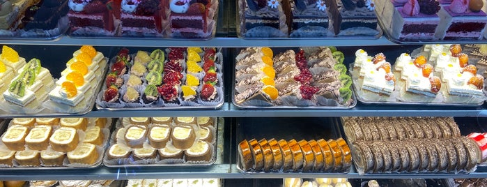 Larisa Pastry Shop | شیرینی لاریسا is one of Sweet dreamssss.