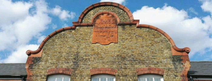 Hither Green is one of London's Neighbourhoods & Boroughs.