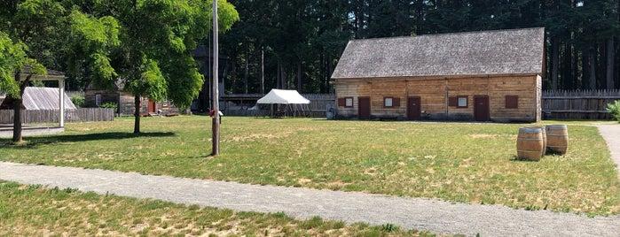Fort Nisqually is one of Orte, die Geoff gefallen.