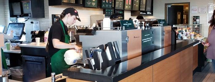 Starbucks is one of สถานที่ที่ Steve ถูกใจ.