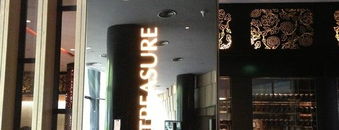 Imperial Treasure Cantonese Cuisine is one of Singapore 2.0.