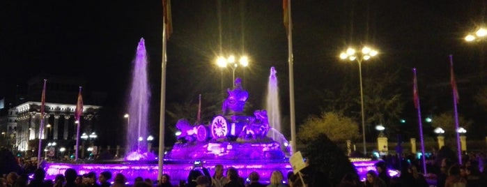 Plaza de Cibeles is one of Agusさんのお気に入りスポット.