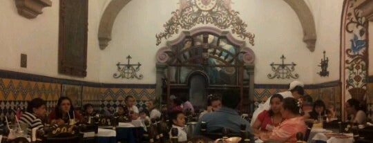 Café de Tacuba is one of Mis Sitios Favoritos.