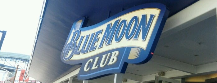 Blue Moon Club is one of Jumpin jumpin.