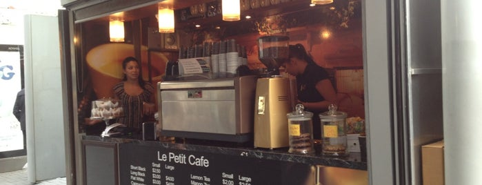 Le Petit Cafe is one of Auckland.