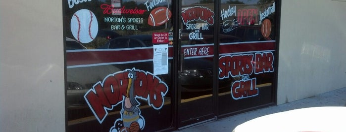 Norton's Sports Bar & Grill is one of Jeffさんのお気に入りスポット.