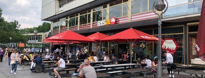 Risa Chicken is one of Lieux qui ont plu à Fernando.