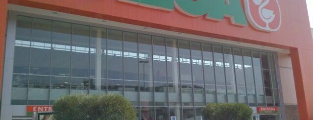 Mega Comercial Mexicana is one of Lugares favoritos de Vanessa.