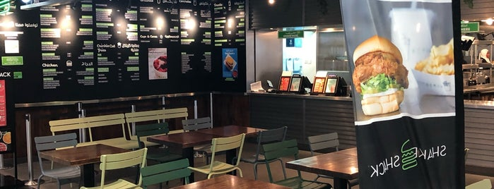 Shake Shack شيك شاك is one of Lieux qui ont plu à Jiordana.