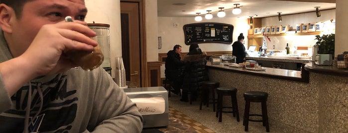 Caffe Marchio is one of Gespeicherte Orte von Jonathan.
