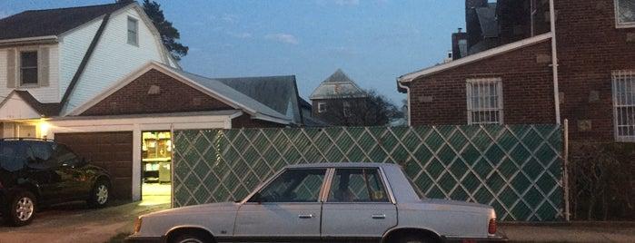 Auburndale, NY is one of Tempat yang Disukai Mei.