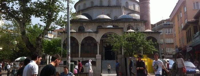 Şehreküstü Camii is one of Tempat yang Disukai GÜLTEN.