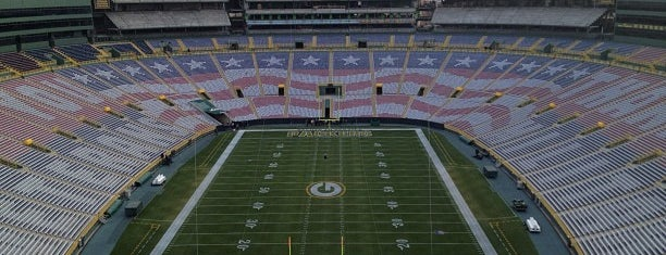 Lambeau Field is one of Stadium.