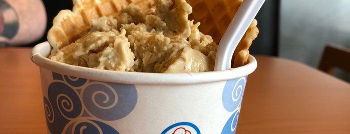 Sub Zero Nitrogen Ice Cream is one of Seattle restaurants to try.