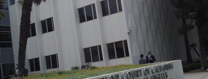 Los Angeles Superior Santa Monica Courthouse is one of Dan : понравившиеся места.