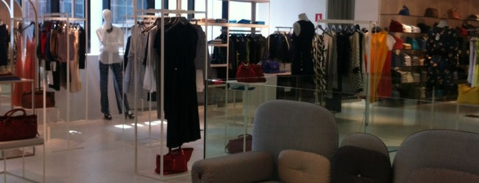 Francis Ferent Exclusive Department Store is one of Bruxelles.