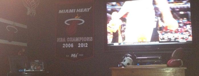 The Miami Man Cave is one of Posti che sono piaciuti a Arnaldo.