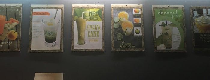 Tukies Cafe is one of Orte, die T gefallen.