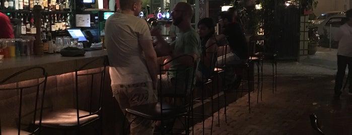 Havana Bar & Grill is one of Orte, die T gefallen.